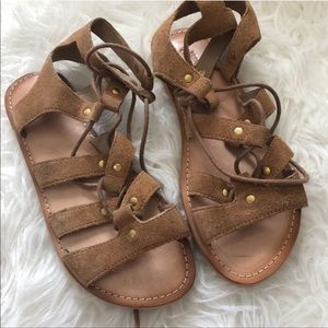 Urban outfitters sandals gladiator 9 brown NWOT